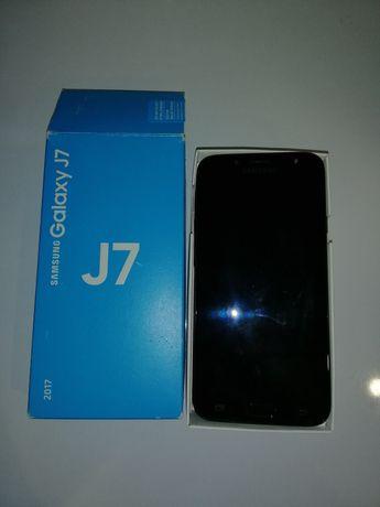 Смартфон Samsung galaxy j7 2017