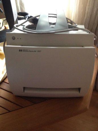 принтер лазерный hewlett packard lazer jet 1100