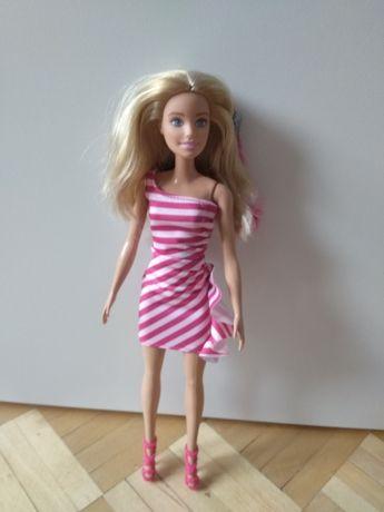 Piękna lalka Barbie j. nowa