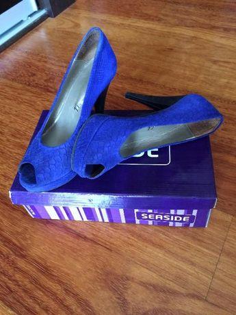 Vendo Sapatos Azuis - nº 37