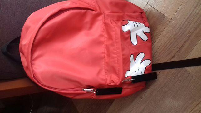 Plecak czerwony z sinsay