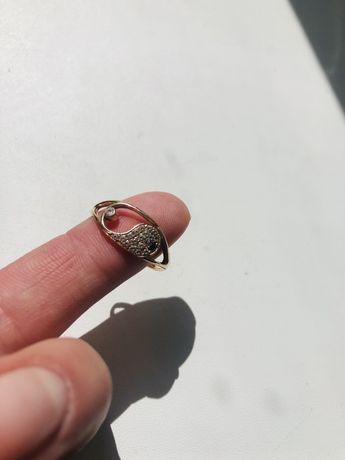 Кольцо.Золото
