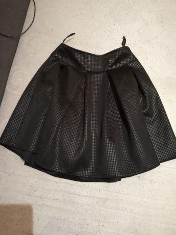 Spódnica czarna 152 właściwie nowa