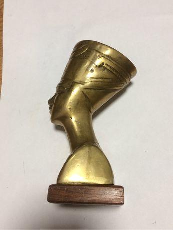 Бюст Нефертити бронза египет