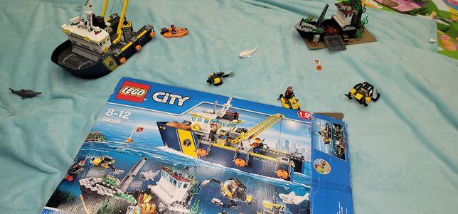 LEGO City Корабль исследователей морских глубин (60095)