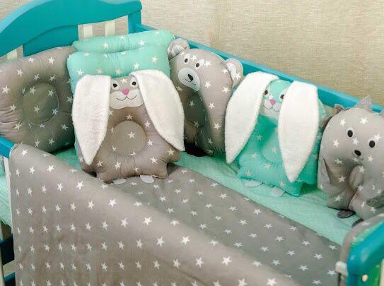 Постельные наборы в кроватку .