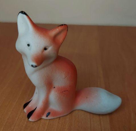Фарфоровая фигурка лисица