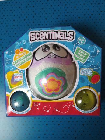 Zapachowy pluszak SCENTIMALS 4( maskotka miś ) + naklejki i stempelek