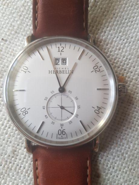 Firmowy zegarek doskonały na prezent