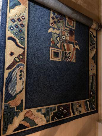 Dywan+dywaniki w dobrym stanie
