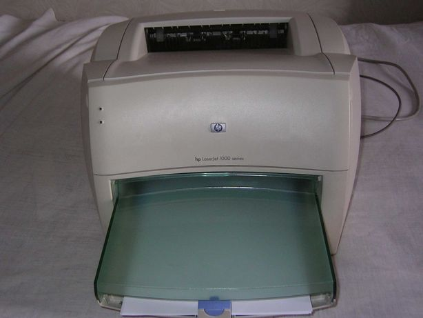 Принтер лазерный черно, белый  HP- Jet 1000
