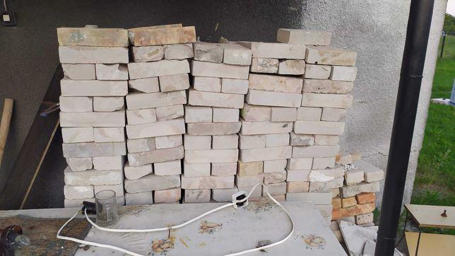 Sprzedam cegły z rozbiórki