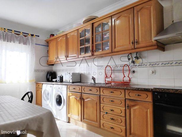 Vale de Cobro, 2 assoalhadas com cozinha independente e varanda, impec