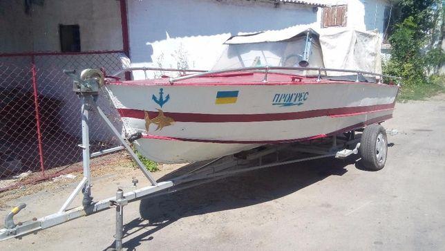 Продам лодку Прогрес