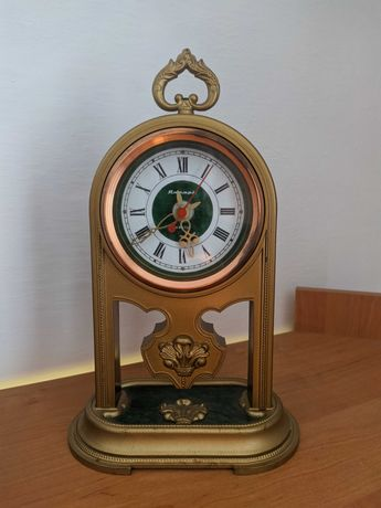 Годинник настільний кварцовий Янтарь