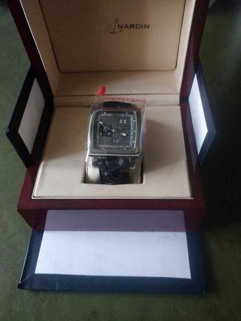 золотые часы  вечный календарь Ulysse Nardin Dual Time Perpetual