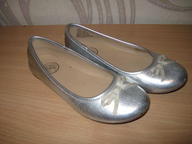 Продам балетки для девочки 31 размера ,производитель США