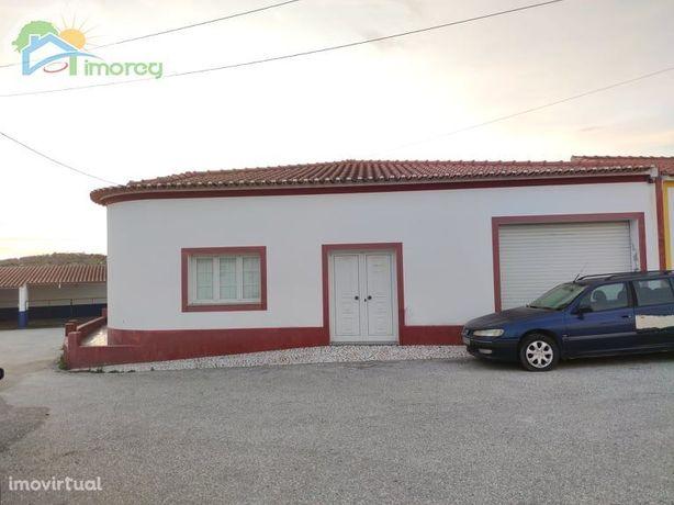 Moradia T4 com espaço comercial Alentejo - Santiago Maior - Alandroal