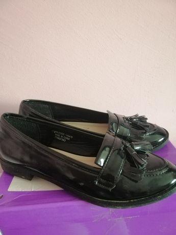 Лоферы туфлі