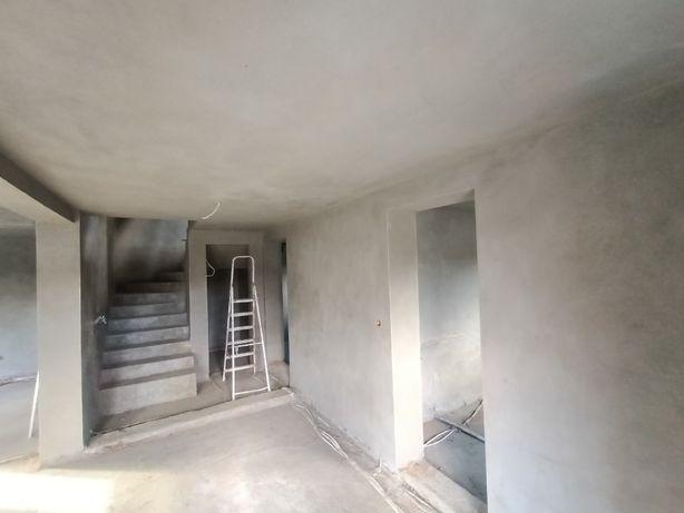 Tynki maszynowe tradycyjne cementowo-wapienne