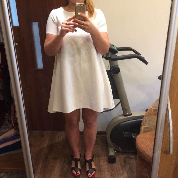 Śliczna biała sukienka Wągrowiec - image 1