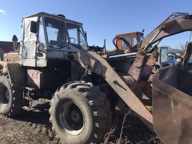 Продам погрузчик трактор 156