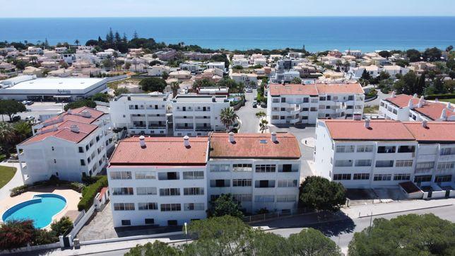 T2 apartamento em quarteira anual
