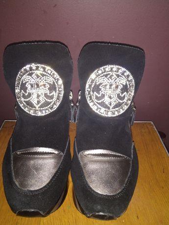 Кроссовки,ботинки на платформе.Хит!!!