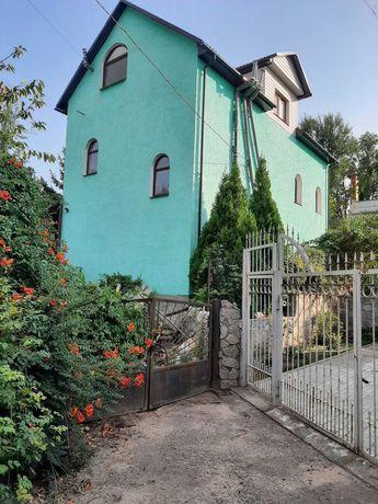 Дом возле Днепра в закрытом кооперативе Соловьиная роща
