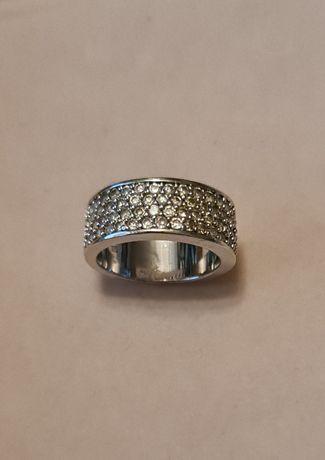 Srebrny pierścionek obrączka z cyrkoniami rozmiar 10 próba 925