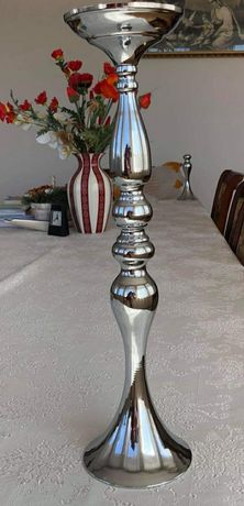 Металева підставка, ваза