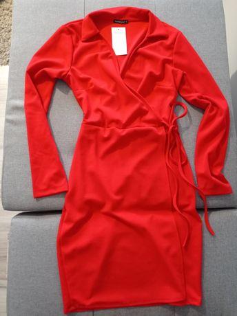 Sukienka nowa czerwona wiązana piękna
