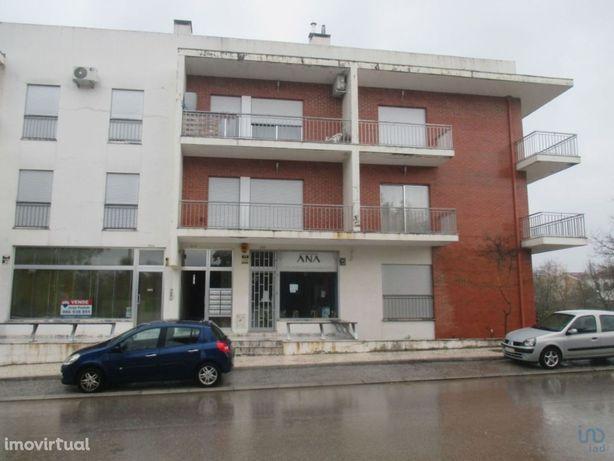 Apartamento - 94 m² - T2