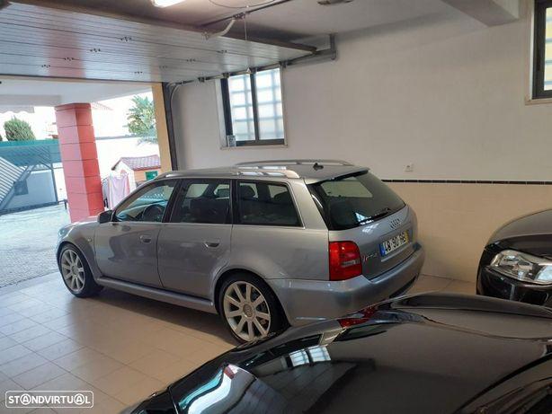 Audi RS4 Avant 2.7 V6 quattro