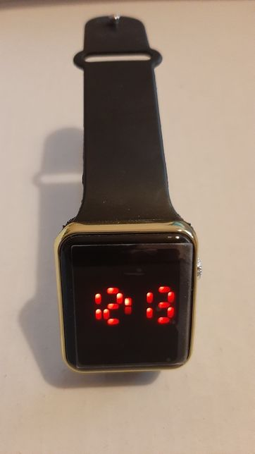 Zegarek cyfrowy led