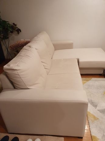 Sofá chaise longur beje