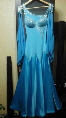 Плаття для бально-спортивних танців