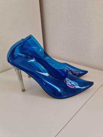 Szpilki niebieskie przeźroczyste Fashionnova roz. 38 USA super jakość