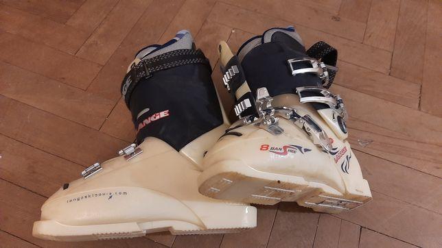 Buty narciarskie, spodnie i kurtka