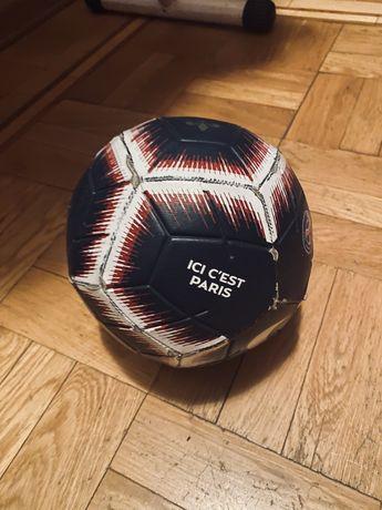 Продам футбольный мяч nike