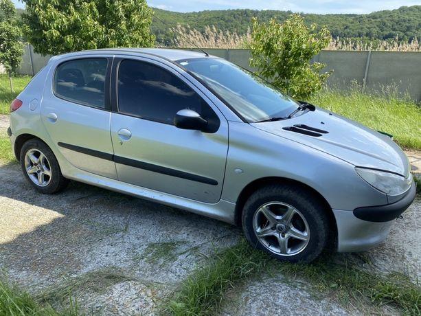 Peugeot 206 Пежо