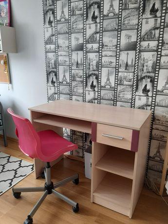 Biurko z krzesłem obrotowym