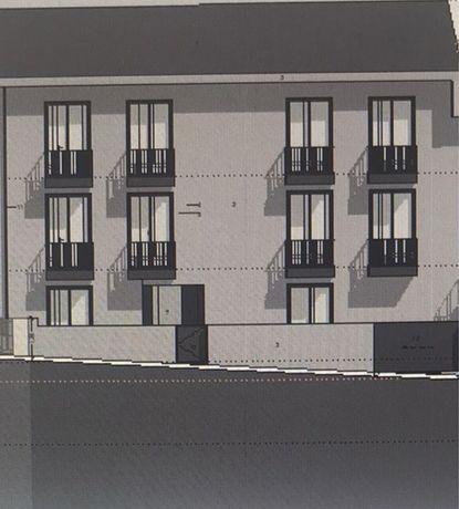 Terreno com arquitetura e especialidades aprovadas