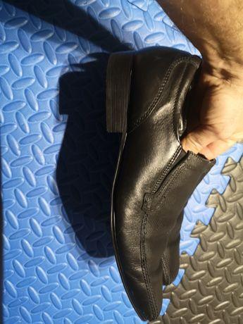 Pantofle rozm. 44