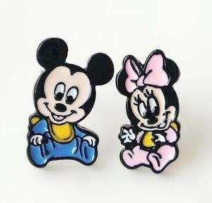 Brincos metal Disney - novos - ver outras fotos personagens diferentes