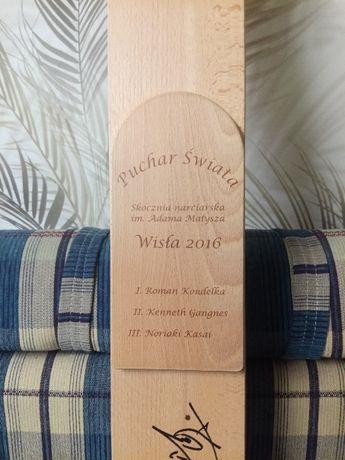Autografy skoczków narciarskich - Pamiątkowa narta