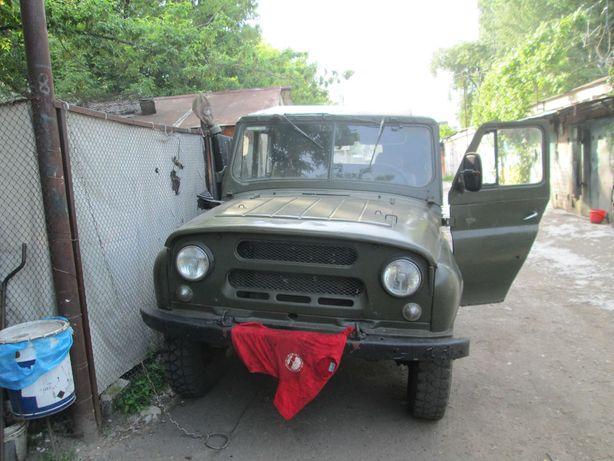 автомобиль уаз 469 на воених мостах
