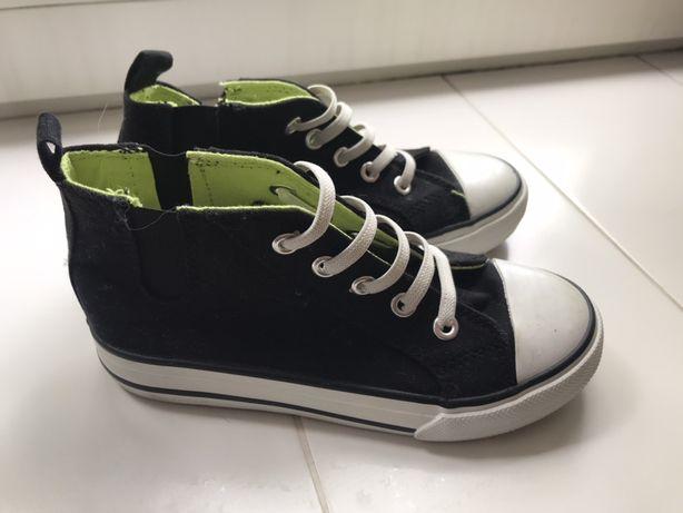 Взуття на хлопчика 30-31 розмір