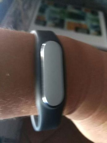 Xiaomi mi banda um pulseira intelegente