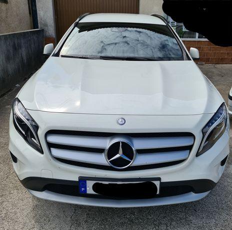 Mercedes-Benz GLA 180CDi urban Caixa Automática